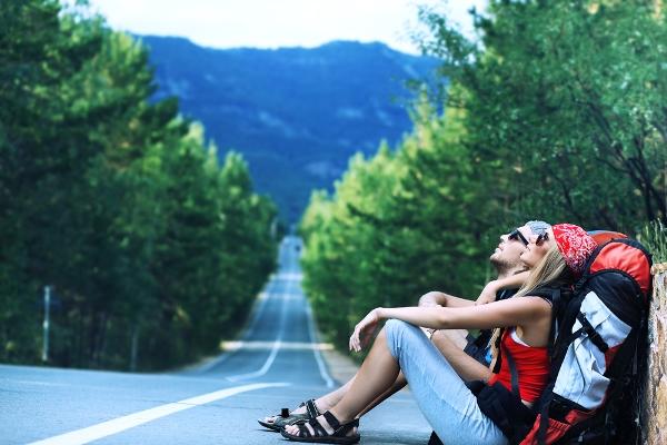 Comment voyager dans le monde simplement et sans trop dépenser